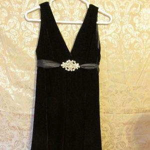 BLACK Velvet DRESS Laundry By Shelli Segal sz 8